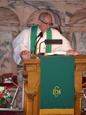 Pastor Tingson Pulpit